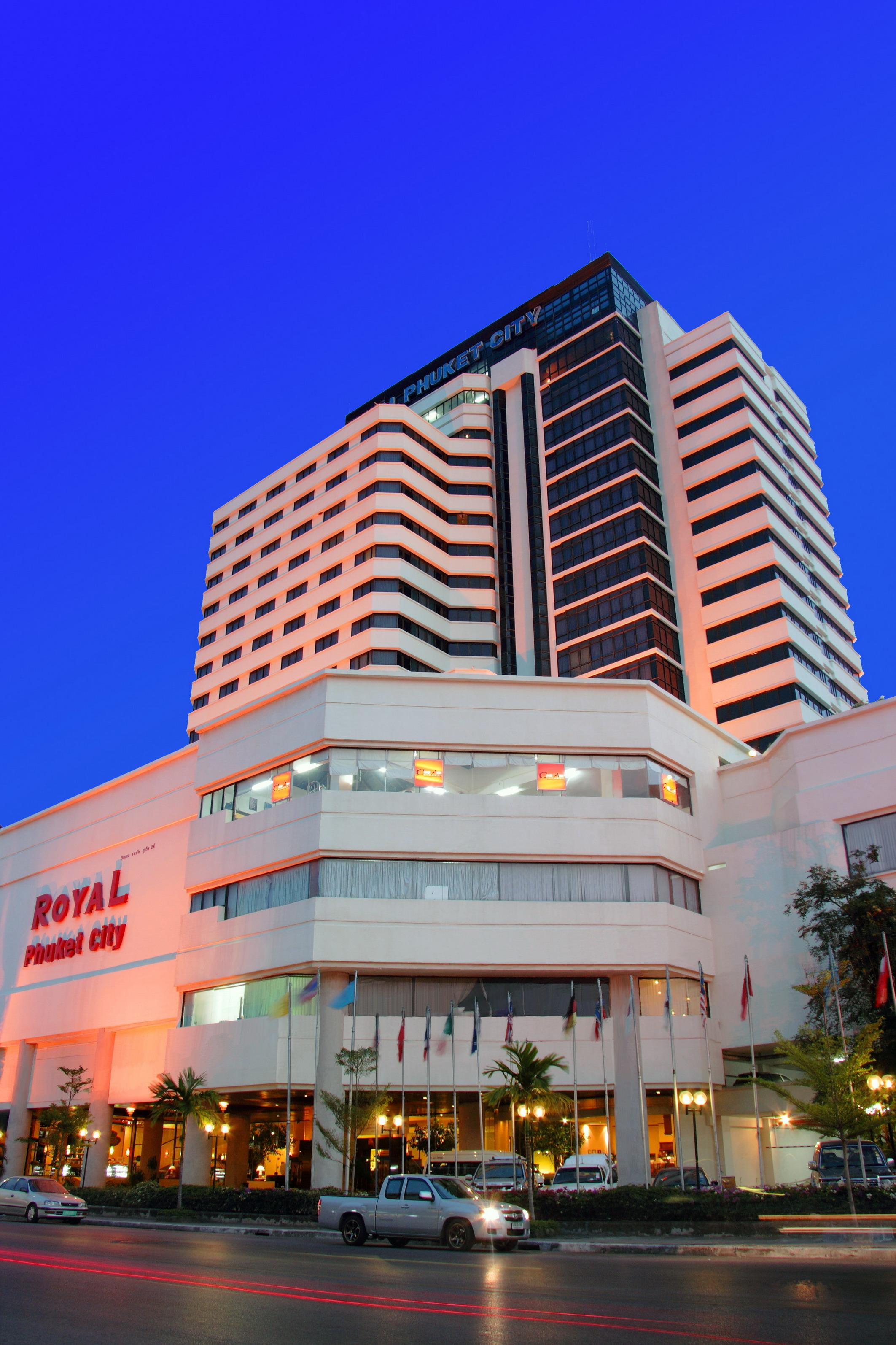 royal phuket city hotel. Black Bedroom Furniture Sets. Home Design Ideas